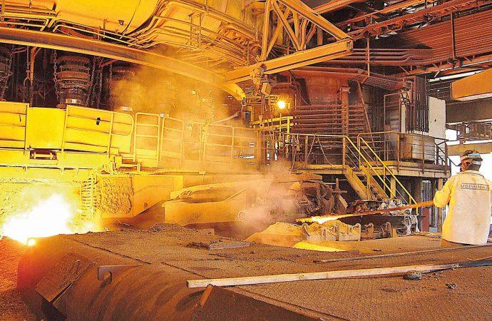 Qual das siderúrgicas é 'chapa quente'? CSN brilhou no 2º trimestre, mas queridinha dos analistas é a Usiminas