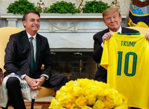 Trump anuncia, via Twitter, aumento de tarifa ao aço brasileiro