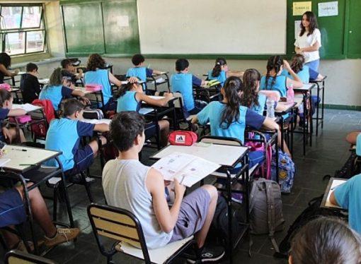 Em liminar, TJMG suspende o retorno presencial das aulas na rede estadual de ensino