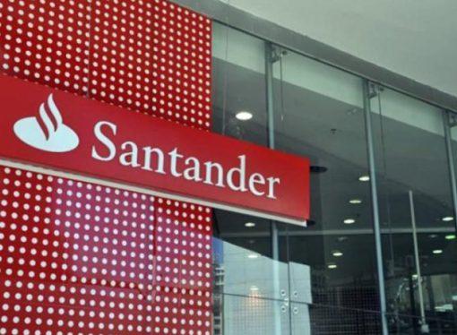 Apesar do lucro de R$ 9,891 bi em 9 meses, Santander demite mais de 2 mil bancários